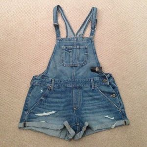 Hollister Dungarees / Short overalls